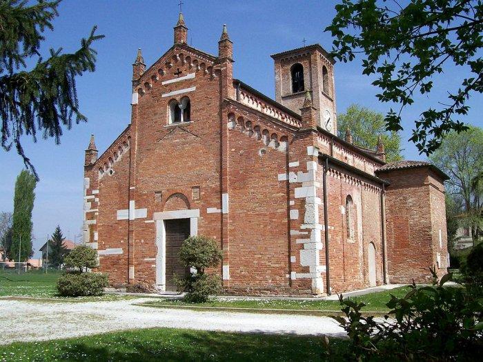 Chiesa di S.Maria Maggiore IX sec. (3km)